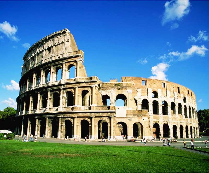 Туристов допустят на верхний уровень Колизея
