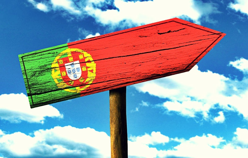 Португалия упросит процесс выдачи виз российским туристам