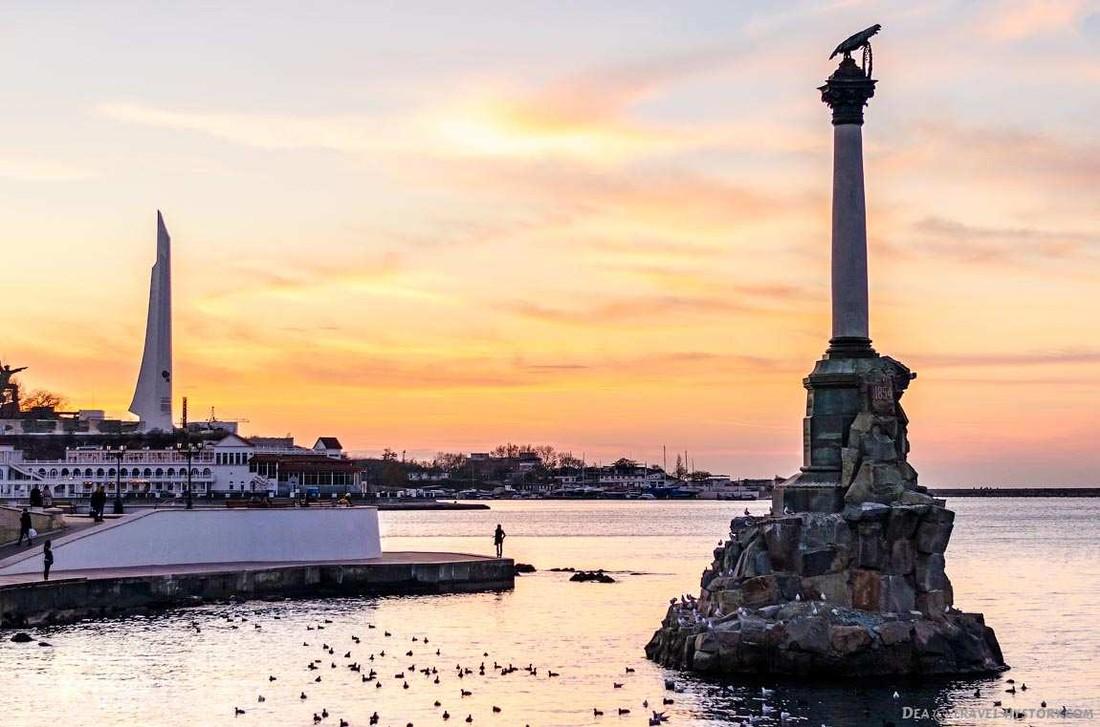Летом в Севастополе отдохнуло более 300 тыс. туристов