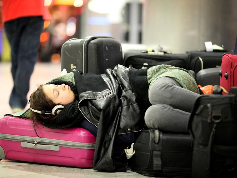 Минтранс предложил переложить часть ответственности за туристов на аэропорты