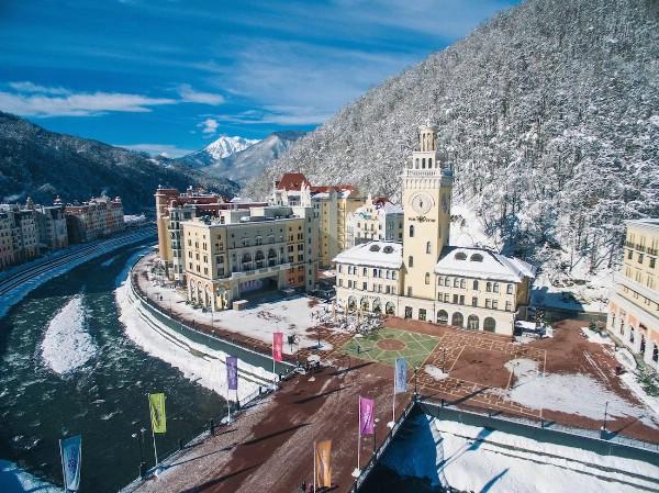 Загрузка некоторых курортов Красной Поляны на Новый год близка к максимуму