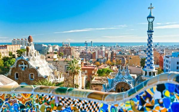 Каталонии обещают преодоление туристического спада к февралю 2018 года
