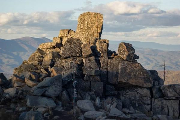 Ученые Приморья: рекреационная нагрузка на гору Пидан превышена в 500 раз