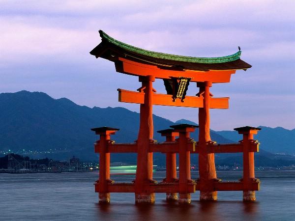 Япония планирует ввести туристический налог в размере $9 с 2019 года