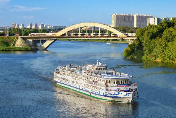 Настоящий туристический бум наблюдался в навигацию 2017 года на Канале имени Москвы