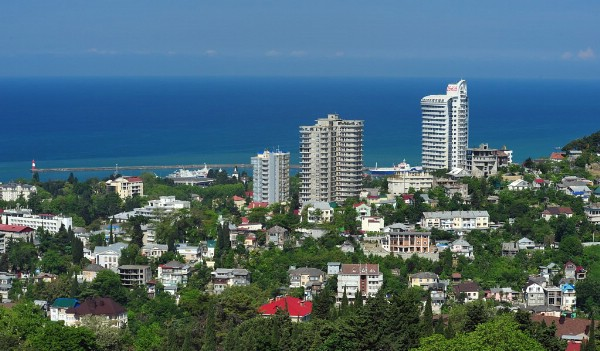 Мэр Сочи: туристическая активность на курорте несколько снизилась летом 2017 года