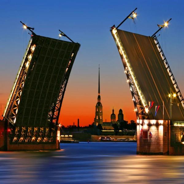 Комитет по туризму прогнозирует прирост турпотока в Петербург