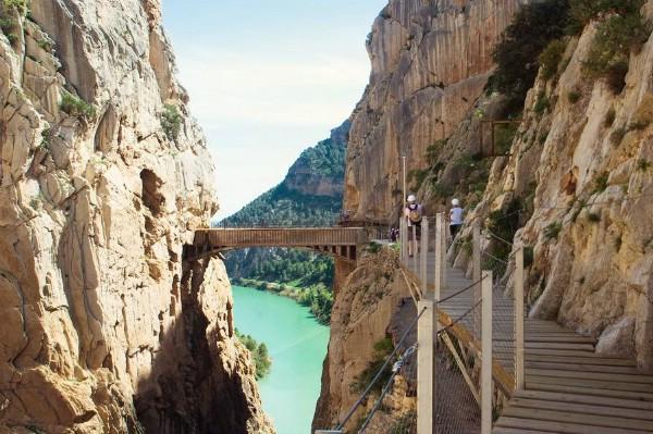 В продажу поступило 100 тысяч билетов на самый опасный туристический маршрут Испании