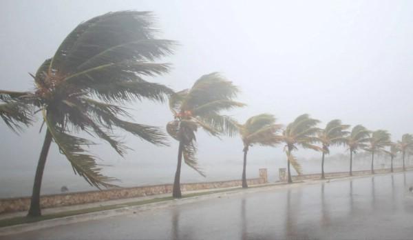На Шри-Ланку обрушился ураган