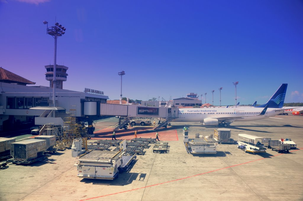 На Бали открыли аэропорт