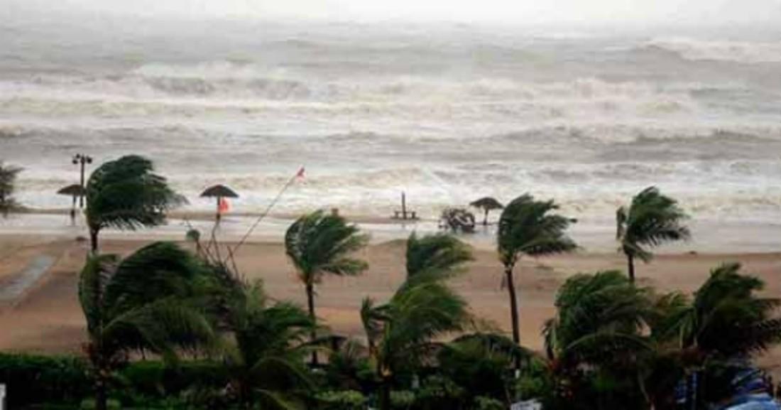 Шри-Ланку накрыл шторм, российские туристы не пострадали
