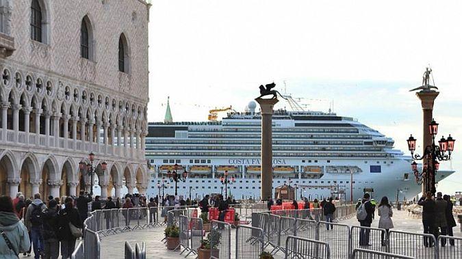 Крупные суда, направляющиеся в Венецию, скоро не будут проходить через Сан-Марко