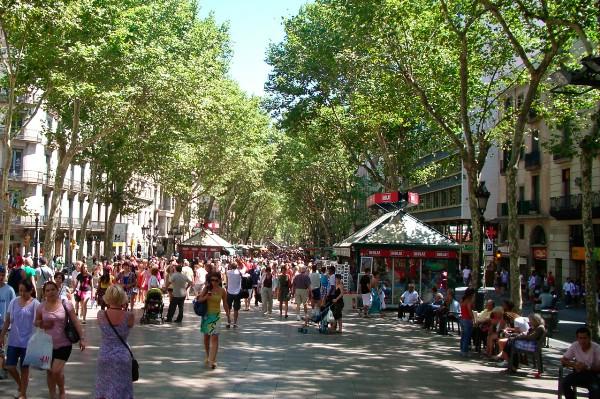 Власти Барселоны хотят «разгрузить» исторический центр города