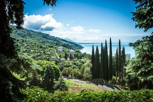 Президент Абхазии высказался против введения курортного сбора