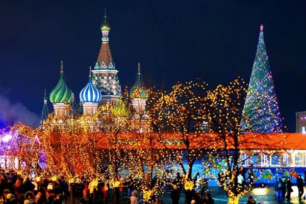 Власти Москвы ожидают более 10 млн гостей на новогодних мероприятиях