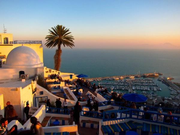 Иностранный турпоток в Тунис вырос на четверть в 2017 году