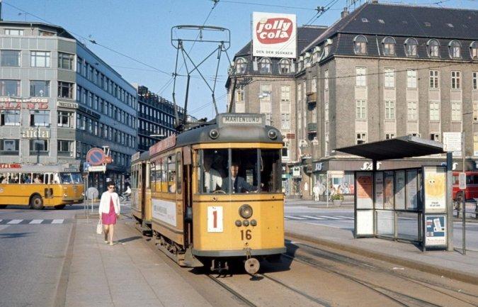 По «самому маленькому большому городу мира» поехали трамваи