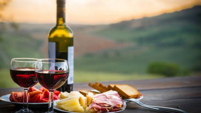 Гастрономические туры по Закарпатью: мед, сыр, вино, закарпатский хамон и лягушечьи лапки