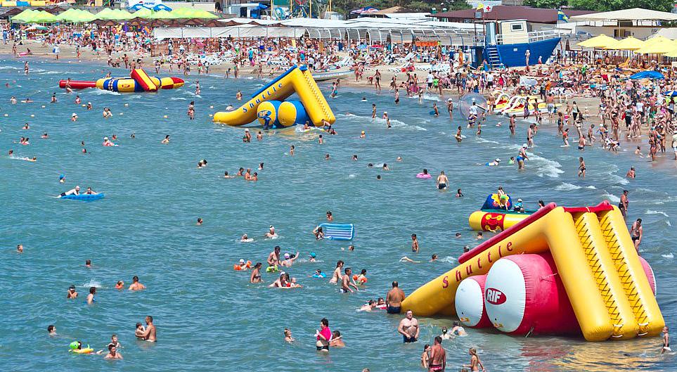 На курортах Краснодарского края побывали почти 16 млн туристов