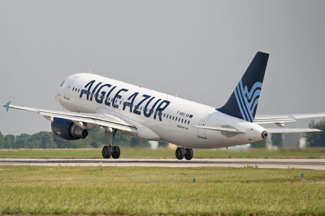 Aigle Azur запускает рейсы из Москвы в Париж