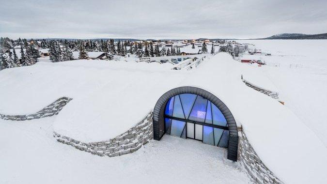 В Швеции открыт ледовый отель, который не растает